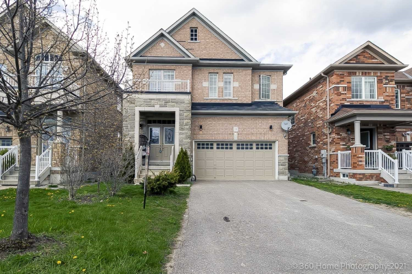 11 Win Timbers Cres, Whitchurch-Stouffville