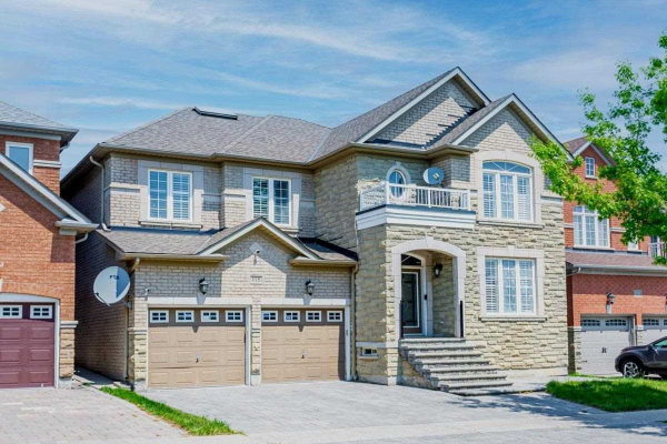 115 Townwood Dr, Richmond Hill