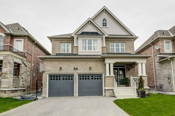 54 Manor Forest Rd, East Gwillimbury