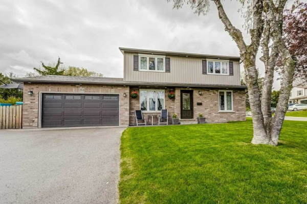 253 Towercrest Dr, Newmarket