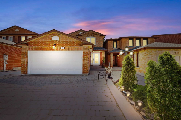 47 Twinberry Cres, Vaughan