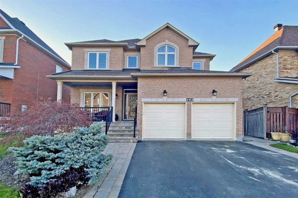 102 Timber Valley Ave, Richmond Hill
