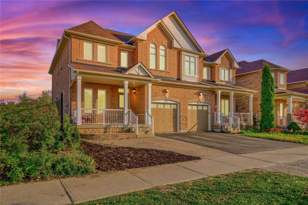 221 Old Colony Rd, Richmond Hill