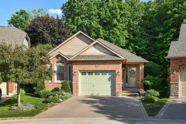 31 Forest Link, New Tecumseth