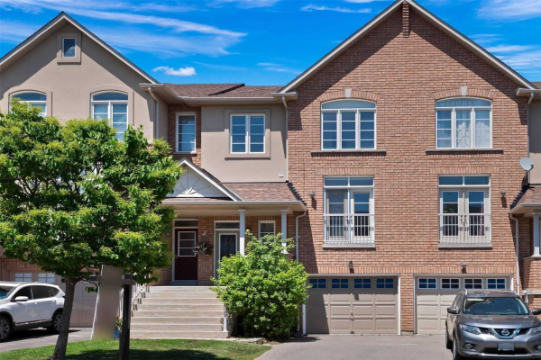 32 Mintwood Rd, Vaughan