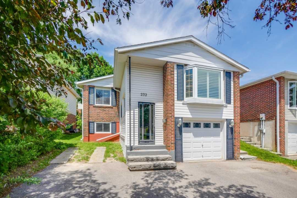 232 Thoms Cres, Newmarket