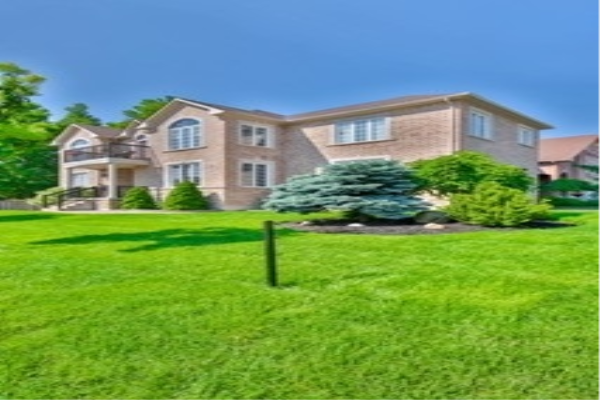 111 Timber Valley Ave, Richmond Hill