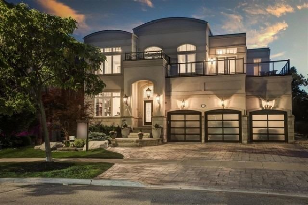 169 Cooks Mill Cres, Vaughan