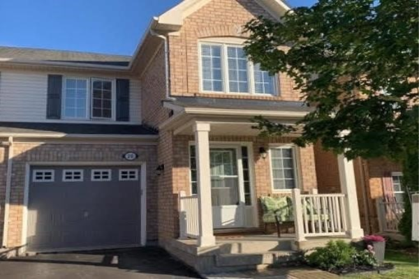 20 Dougherty Cres, Whitchurch-Stouffville