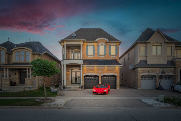 134 Chatfield Dr, Vaughan