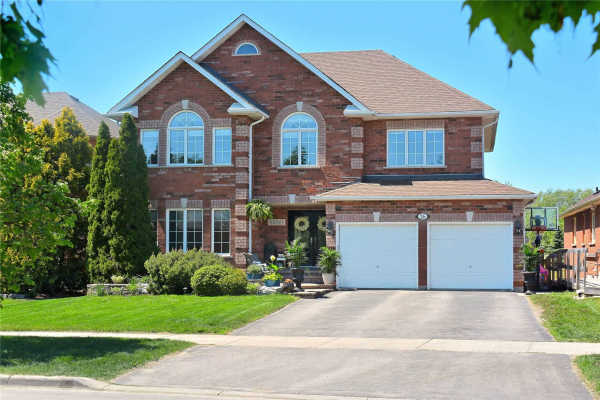26 Thicketwood Blvd, Whitchurch-Stouffville