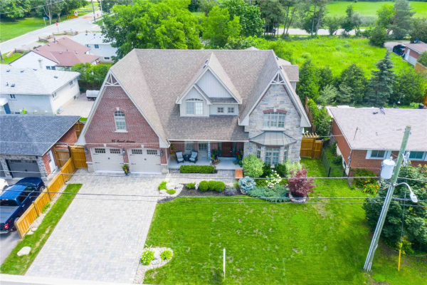 95 Russel Ave, Whitchurch-Stouffville