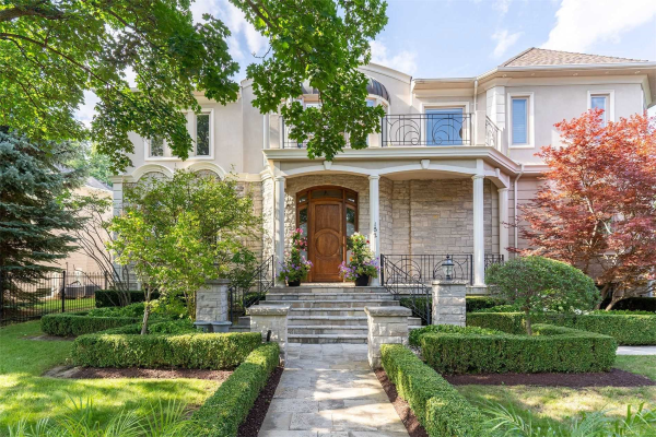 152 Arnold Ave, Vaughan