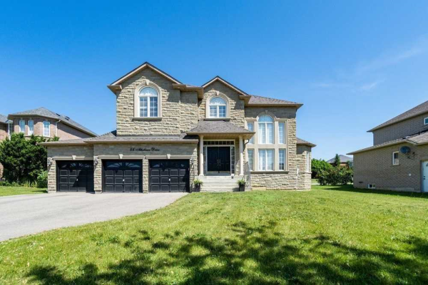46 Athabasca Dr, Vaughan
