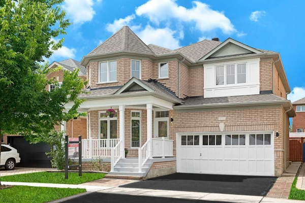204 Alfred Paterson Dr, Markham