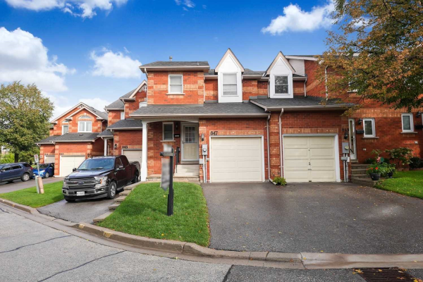 847 Playter Cres, Newmarket