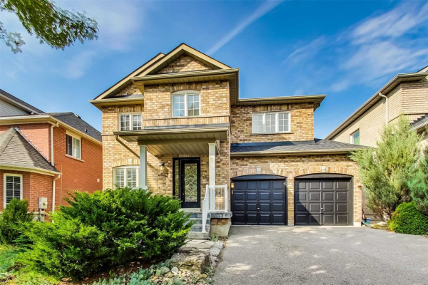 89 Red River Cres, Newmarket