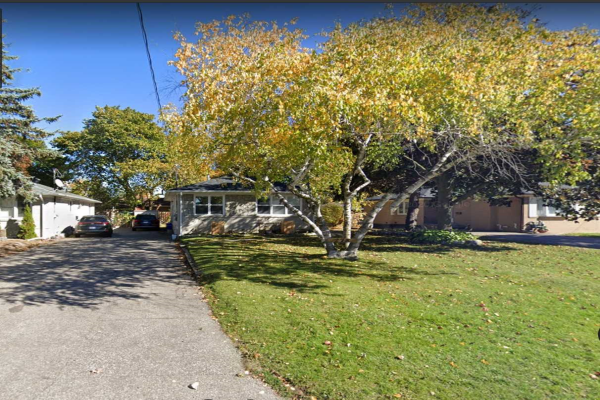 275 Essex Ave, Richmond Hill