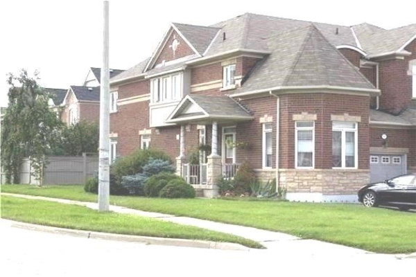 145 Mistywood Cres, Vaughan