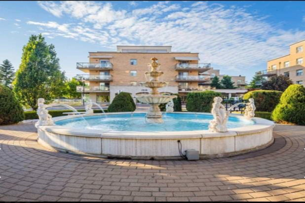 2506 Rutherford Rd, Vaughan