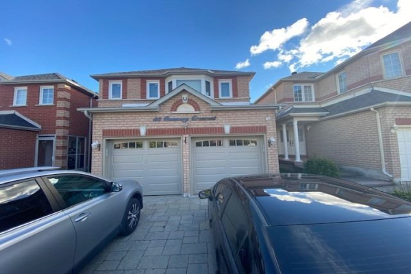 33 Connery Cres W, Markham