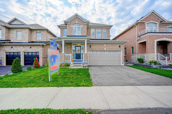 48 Greendale Ave, Whitchurch-Stouffville