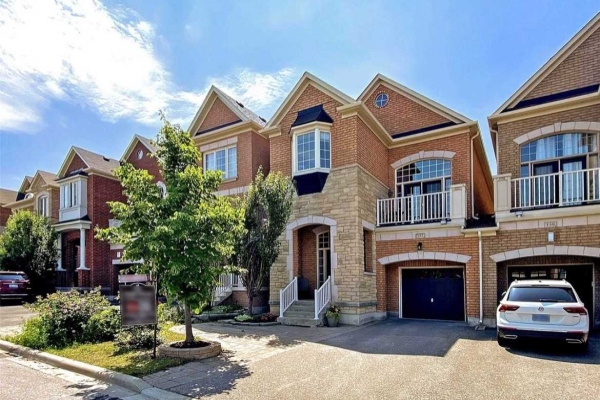 157 Mintwood Rd, Vaughan