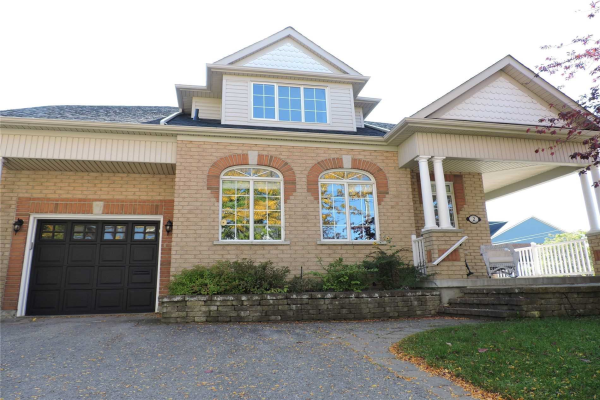 2 Callary Cres, Collingwood