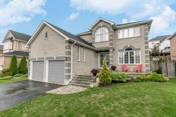 20 Windsor Cres, Barrie