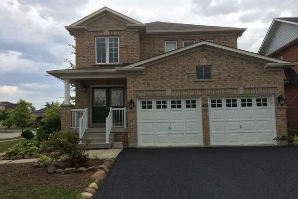 74 Lake Cres, Barrie