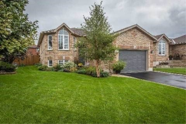 35 Mcavoy Dr, Barrie