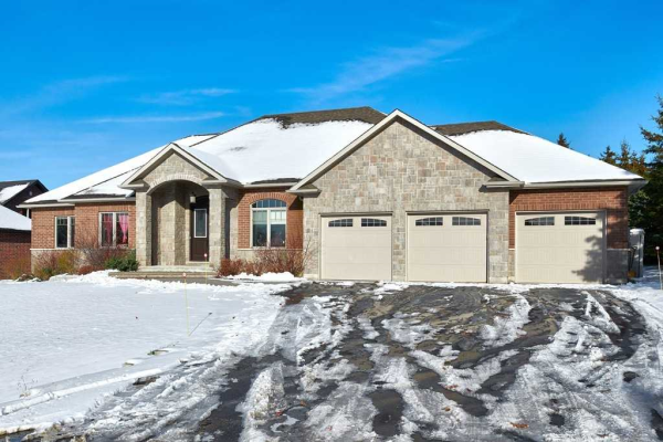 5 Orchardview St, Springwater
