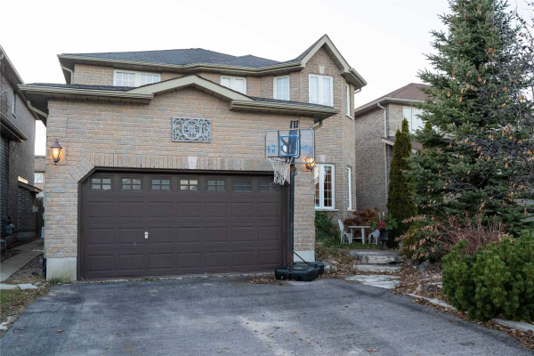 40 Lamont Cres, Barrie