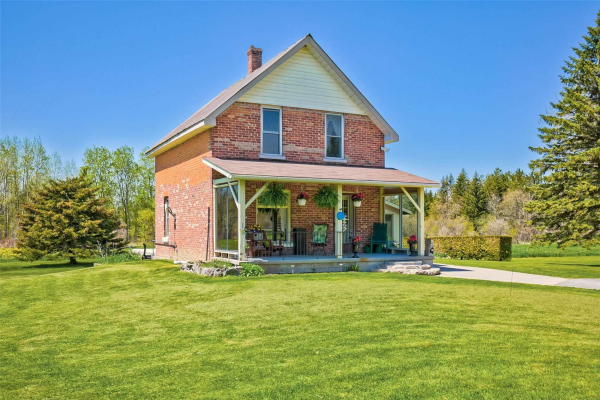 3086 Pinegrove Rd, Springwater