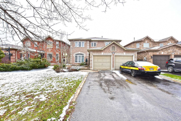 35 Kenwell Cres, Barrie
