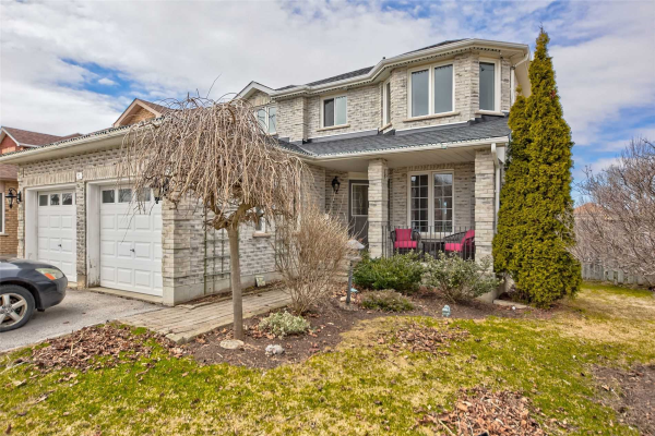 2 Grace Cres, Barrie