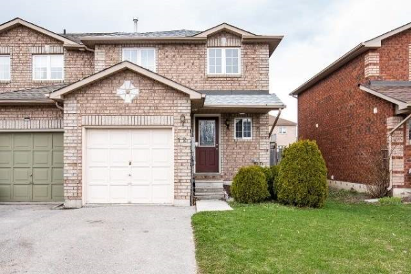 12 Lions Gate Blvd, Barrie
