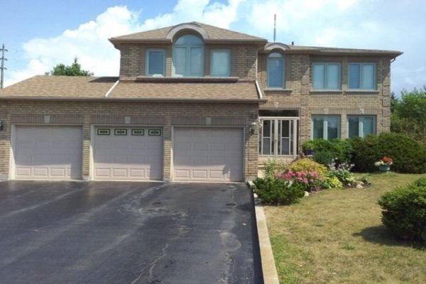 45 Looker Dr, Barrie