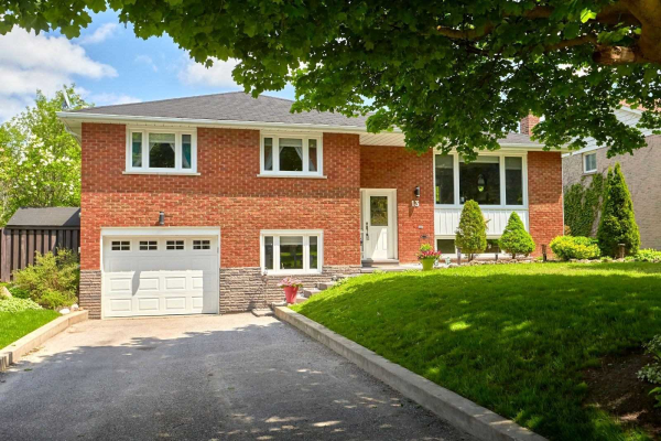 13 Woodcrest Rd, Barrie