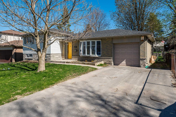 9 Meadowland Ave, Barrie