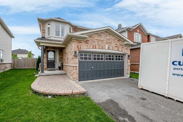 110 White Cres, Barrie