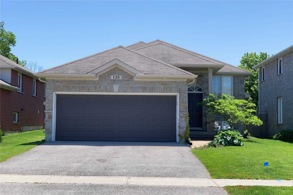 125 Sovereigns Gate, Barrie