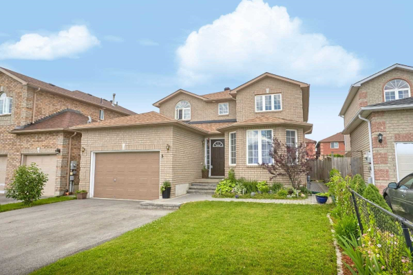 5 Sun King Cres, Barrie