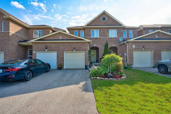 32 Arch Brown Crt, Barrie