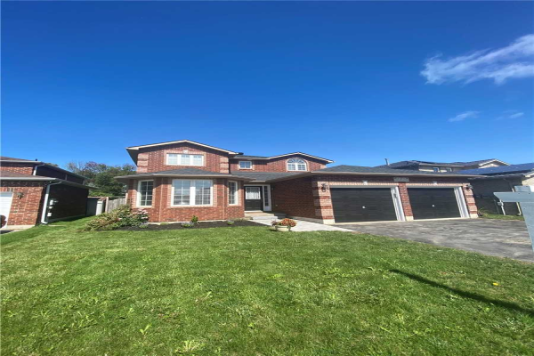 4 Sun King Cres, Barrie