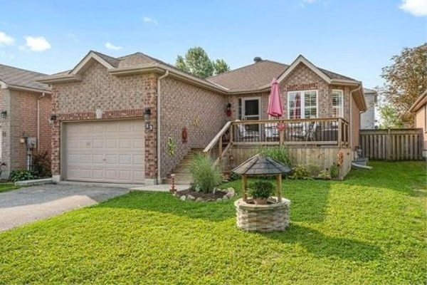 13 Quinlan Rd, Barrie