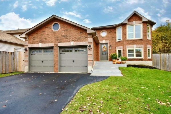 13 Columbia Rd, Barrie