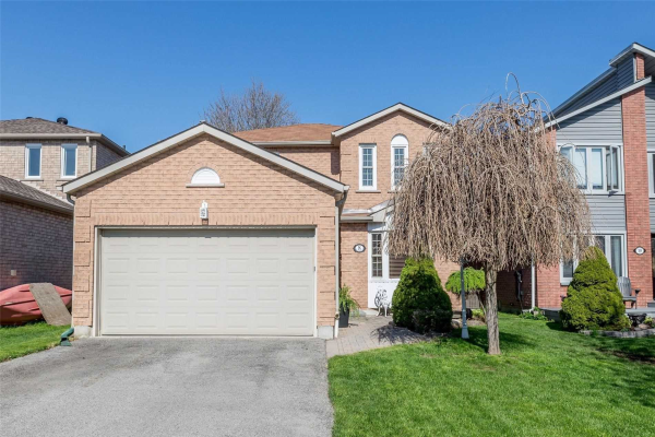 8 Carruthers Cres, Barrie