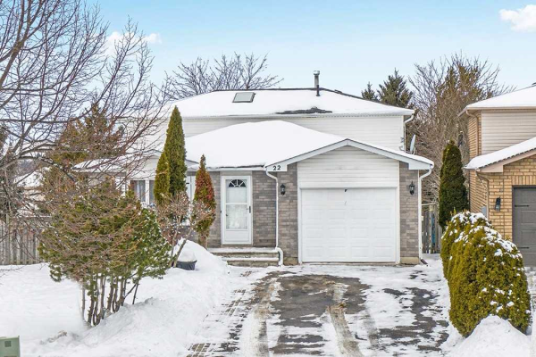 22 Rundle Cres, Barrie
