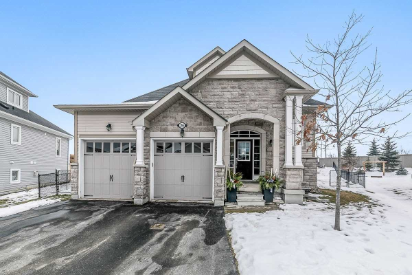 26 Leeward Circ, Wasaga Beach